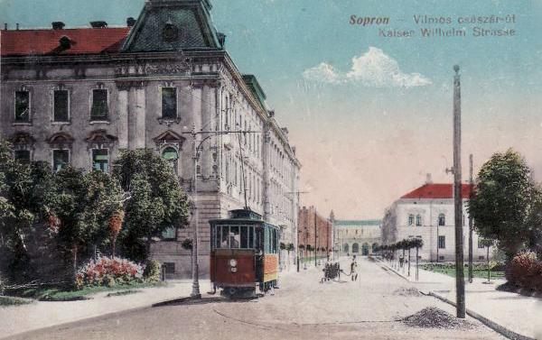 Mátyás király utca, Deák téri kanyar