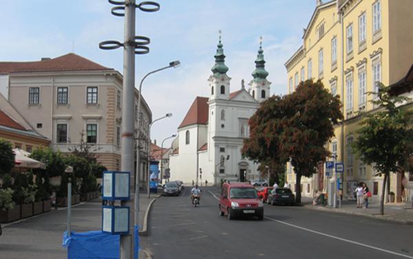 Várkerület Széchenyi tér felőli szakasza